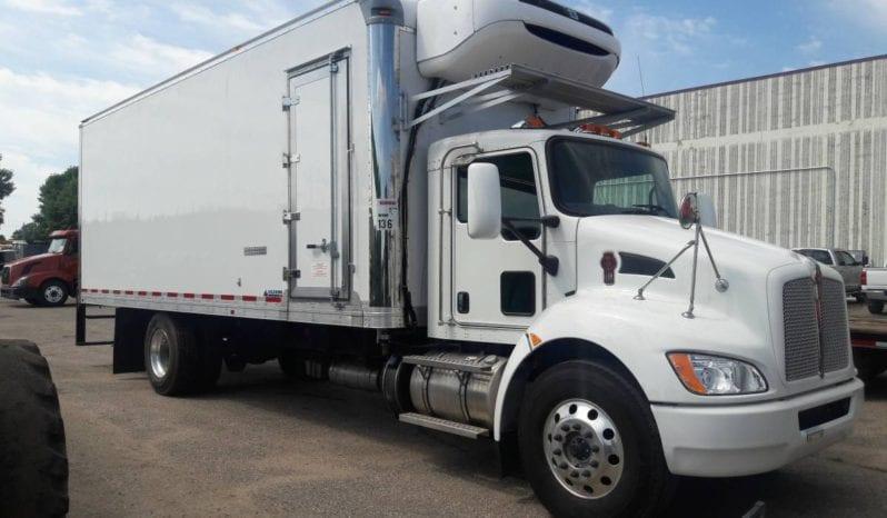 #252 2017 Kenworth T370 Refrigerated Box Truck full